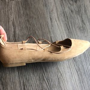 Chinese Laundry Shoes - Chinese Laundry Tan Lace Up Flats